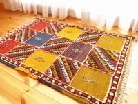 モロッコの手織りラグ・カーペット